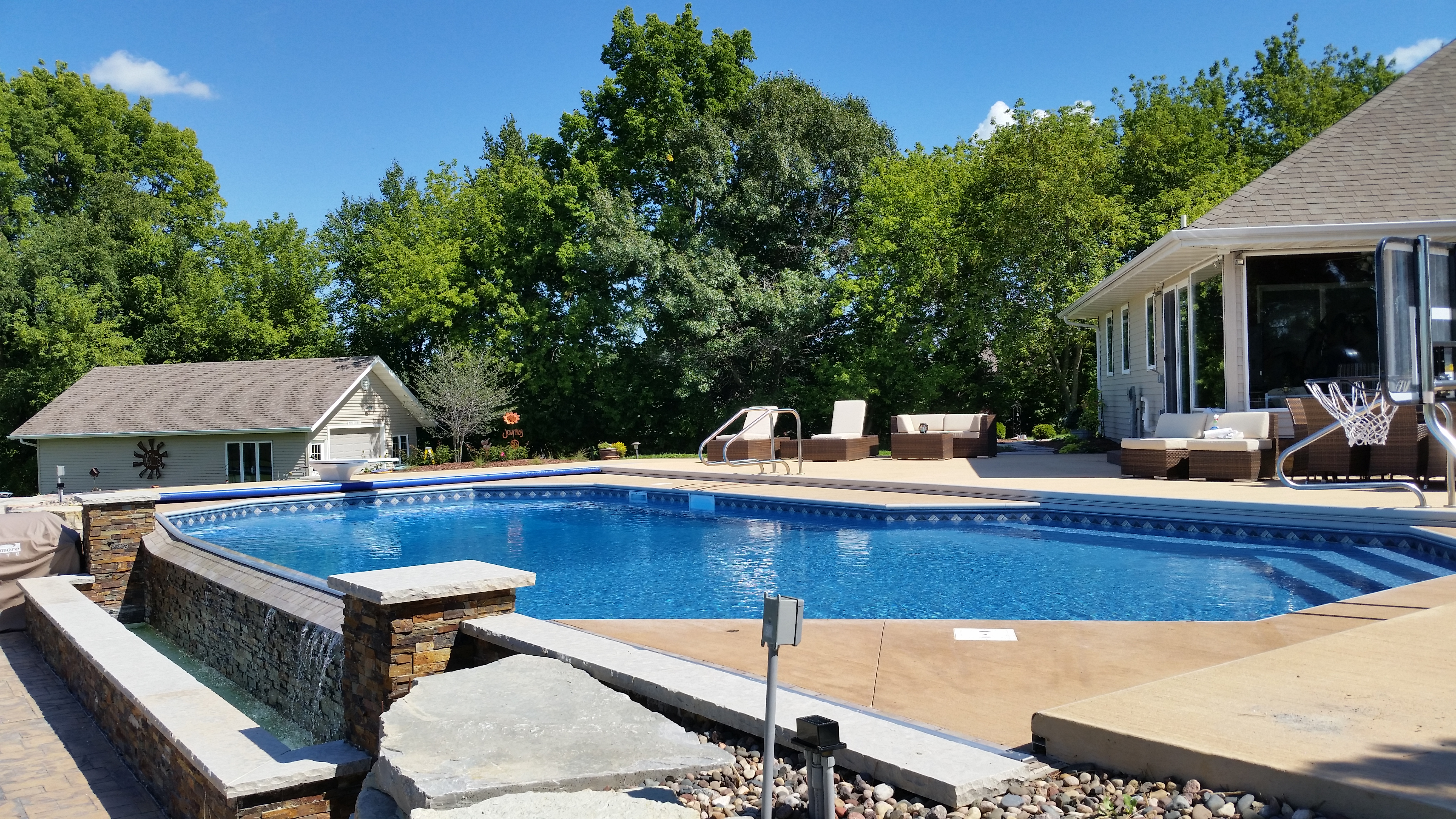 Spring's Pools and Spas has been designing, building, and installing custom in-ground pools, spas, fences, decks, aquariums, and more throughout southeast Wisconsin, including Plymouth, Sheboygan, Manitowoc, and Fond du Lac, and Illinois since 1984.